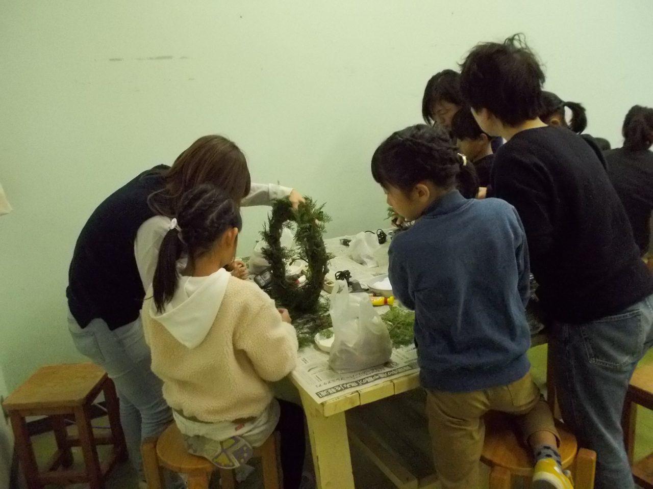 クリスマスリース作り教室